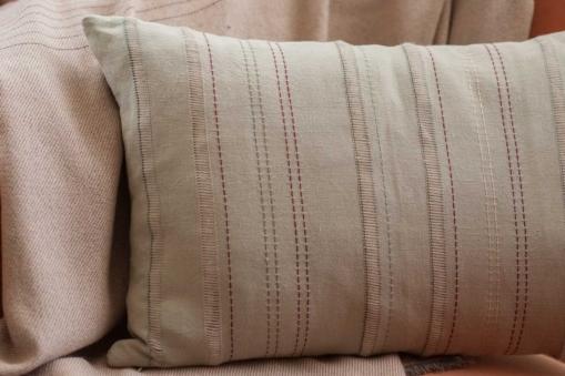mrslovegood benedetta hand embroidered linen cushions burgundy1